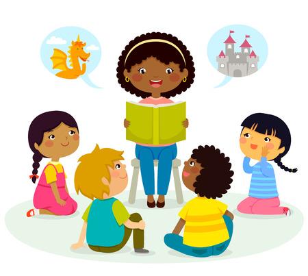 Czarny nauczyciel czyta książkę dzieciom o różnym pochodzeniu etnicznym