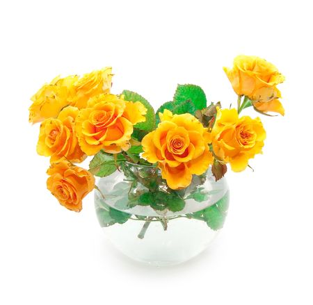 rosas naranjas: Bouquet de rosas naranjas en un florero de ronda  Foto de archivo