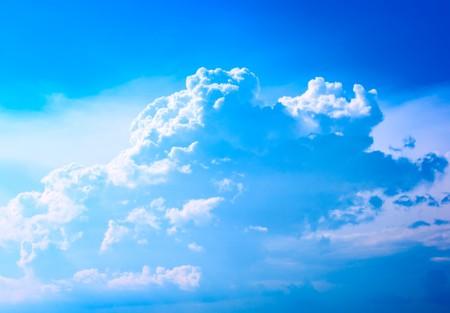Beautiful cloud among the blue sky Stock Photo - 7902951