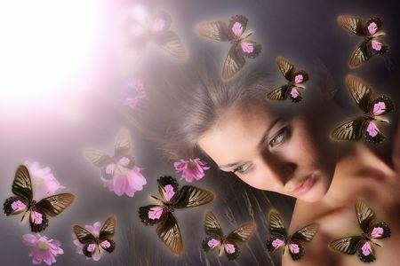 maquillaje de fantasia: mariposa y muchacha hermosas del modelo