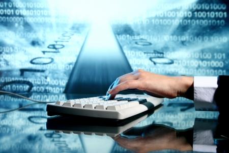 사업가 입력 데이터 정보 키보드