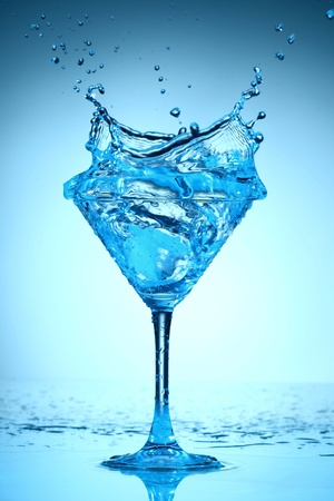 blue coctail splash macro close up photo