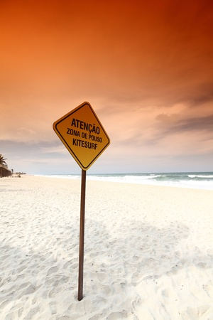 desert sign in sand under palm Stock Photo - 9068313