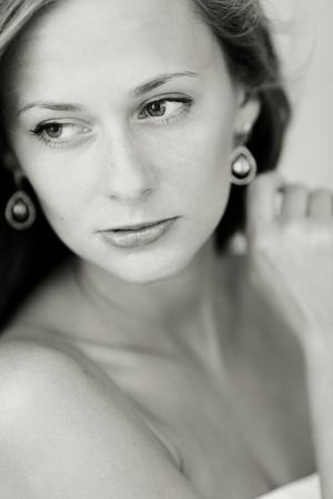 bw gray portrait close up photo