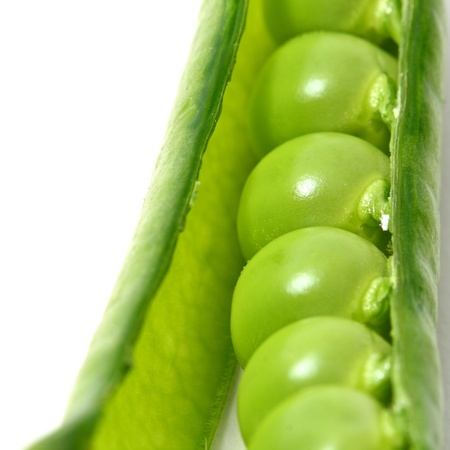 isoladed: peas isoladed on white macro close up