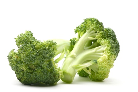 brocoli: broccoli isolated on white background
