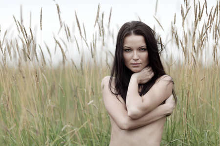 nude woman in the rye Stock Photo - 12508536
