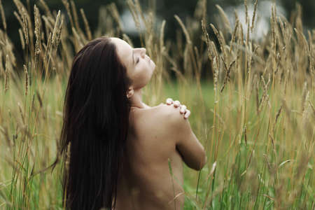 nude woman in the rye Stock Photo - 12684447
