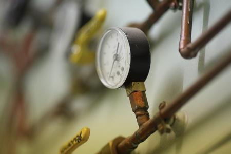feldolgozás: Szellőztetőcsövekhez egy légkondicionáló Stock fotó