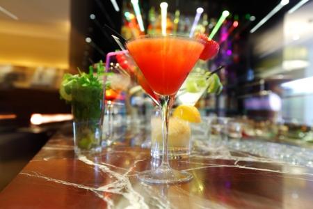 Kleurrijke cocktails close up Stockfoto