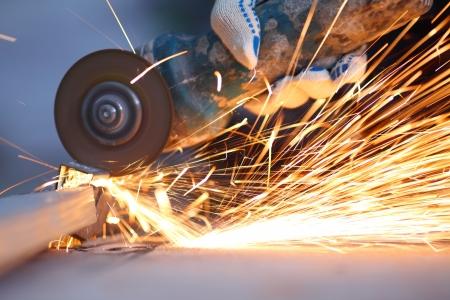 sawing: metal sawing close up