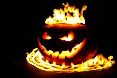 citrouille halloween: Brûler citrouille halloween