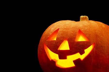 citrouille halloween glowing citrouille dhalloween isol sur fond noir