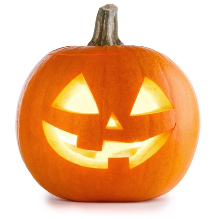 Zucca di Halloween isolata su fondo bianco