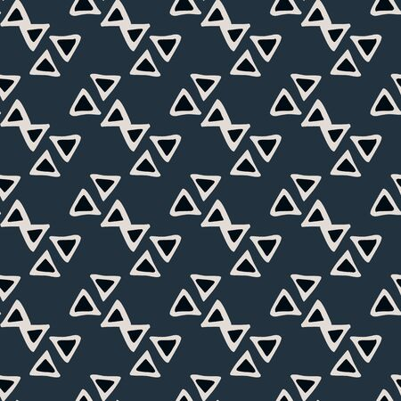 Abstract geometric triangular shapes seamless patter on black background. Simple ethnic wallpaper. Decorative backdrop for fabric design, textile print, wrapping. Vector illustration