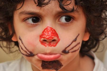 making faces: Rendendo volti ad un fotografo indiscreto