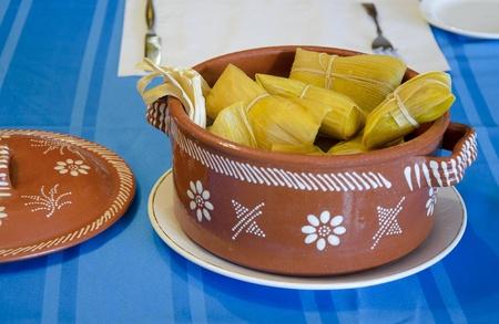 Tamal トウモロコシで作られてラテン アメリカの事情典型的な皿 写真素材