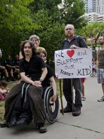 transexual: TORONTO-29 de junio 2012 Trans sexual de marzo como parte del Festival del Orgullo de Toronto que celebra la historia, el coraje, la diversidad y el futuro de las Lesbianas, Gays, Bisexuales, Transexuales aliados se muestran en Toronto 29 de junio 2012