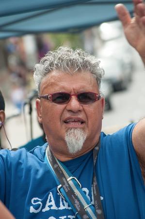 socca: TORONTO, CANADA-7 agosto 2012; Rick Shadrach Lazar e il suo Samba Squad si esibisce al Festival di Salsa a Saint Clair Il gruppo di solito prendere parte a questo Festival ispanica Editoriali