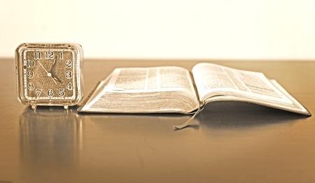 Résultats de recherche d'images pour «apprendre à connaitre Dieu»