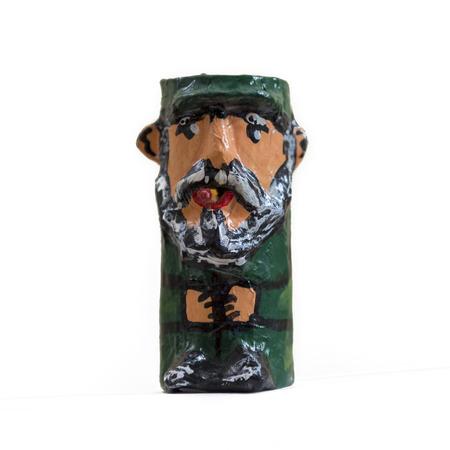 sold small: Piccola statuetta artigianale di Fidel Castro ora venduto a L'Avana Vecchia souvenir per i turisti.