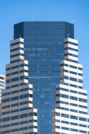 efficiently: New York City Architecture: Modern architectural details of the city building.  The amazing designs of New York can be appreciated best and more efficiently when you book a bus tour through the different boroughs.