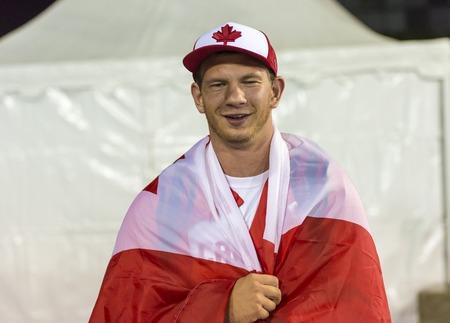 lanzamiento de disco: Kevin Strybosh de Canad� establece nuevos Am�ricas registro en el lanzamiento de disco Final de la Competencia de atletismo durante los Juegos Parapanamericanos de Toronto