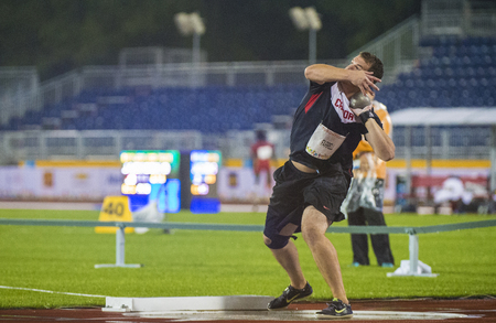 lanzamiento de bala: Josh Farrel from Canada sets new Americas Record in Mens Shot Put F20 Final during the Athletics competition of the Parapan Am Games with a shot of 14.05 m