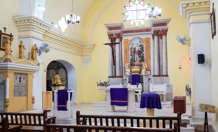 lazarus: Saint Lazarus or San Lazaro church. Architecture and interior details   The church is located inside the former Valencia Father Nursing Home which is currently the School of Music.
