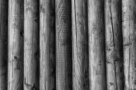 Wooden wall from logs of pine as a background texture. 版權商用圖片 - 79624659