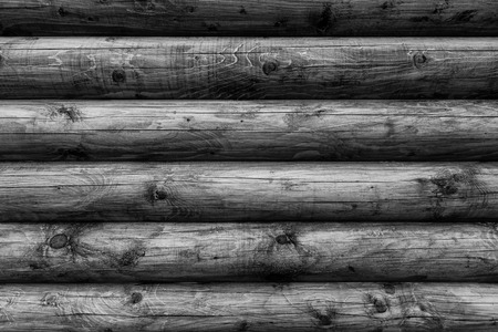 Wooden wall from logs of pine as a background texture. 版權商用圖片 - 79726748