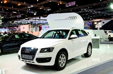 NONTHABURI - NOVEMBER 28: Audi Q5 car on display at The 29th Thailand International Motor Expo  on November 28, 2012 in Nonthaburi, Thailand. 에디토리얼