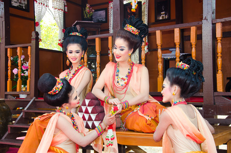 LOPBURI, THAILAND - FEBRUARY 20 : The unidentified model dress period at the historic on The age of King Narai the Great Fair, on February 20, 2014 in Lopburi, Thailand.