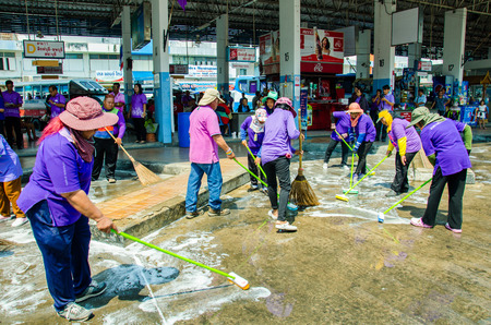clean street: SINGBURI - APRIL 3 : Volunteers was cleaning public street, in order to promote a shared public clean day, April 3, 2015, Singburi, Thailand. Editorial