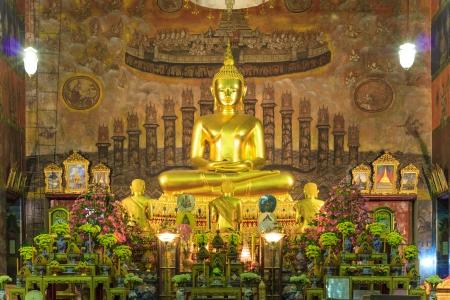 budha in Rakang Tempel Bangkok Thailand