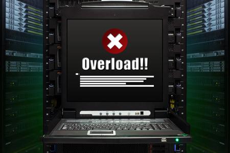 Overload message show on the server computer display in the modern interior of data center. Super Computer, Server Room. Standard-Bild