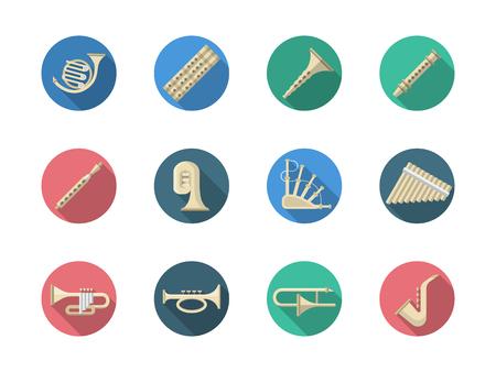 clarinete: Vaus orquestales Instrumentos de viento de música clásica. Saxofón, tuba, Piccolo y muestras de algunos instrumentos musicales nacionales tradicionales. redondo de color plana iconos vectoriales estilo.