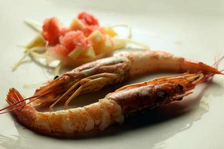 Large shrimp with fruit salad
