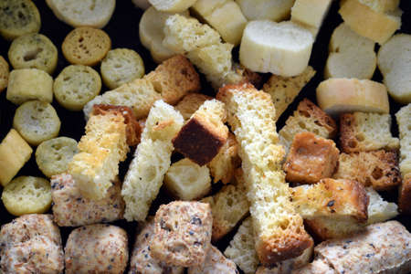 Close up on background of mixed croutons. Standard-Bild