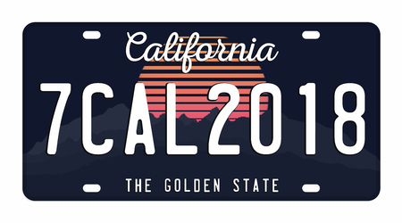 白い背景に隔離されたナンバープレート。番号と文字が付いているカリフォルニアのナンバープレート。Tシャツグラフィックのバッジ。