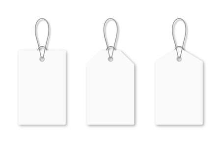 Set of blank white tags with rope. White shopping labels and price tags in different shapes. Mockup and template of paper price tag. Vector 向量圖像