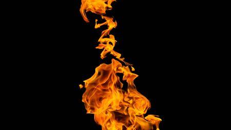 Flammes de feu sur fond noir. feu sur fond noir isolé. modèles de feu