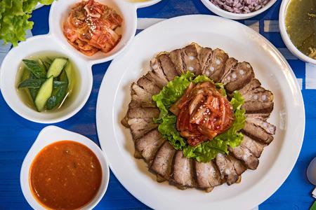 carnes y verduras: barbacoa coreana (cerdo) Foto de archivo