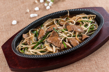 bean sprouts: Liver fried bean sprouts