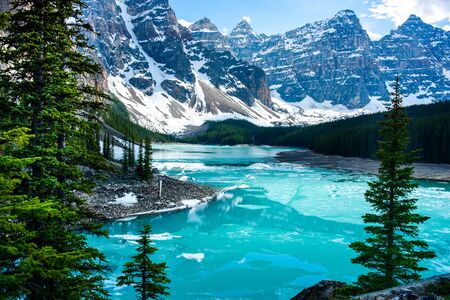 Iconic Morraine Lake view in Banff National Park