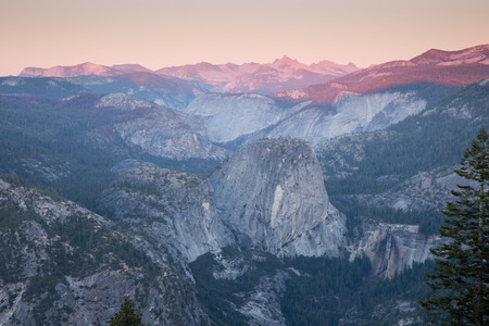 half dome: Sunset views from Glacier Point. Yosemite National Park, California. USA.