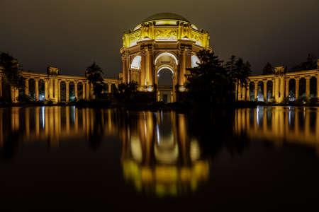 The Palace at night reflected in the water. San Francisco, California, USA. Sajtókép