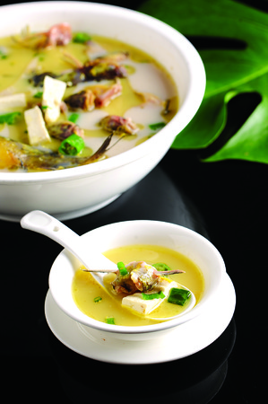 bone fish: Cook tofu yellow bone fish