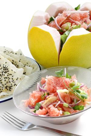 pomelo: pomelo salad