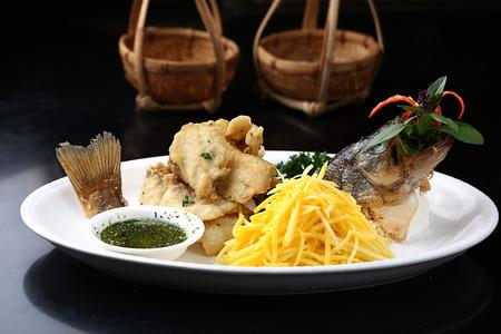 mango fish: mango fried fish